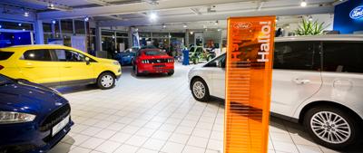 Autohaus Giraud Innenansicht